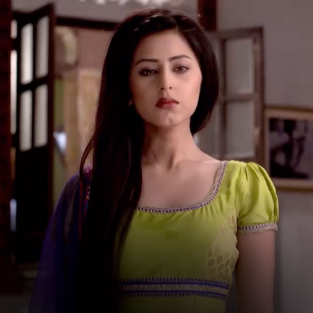 Manohar forces Judy to get rid of the baby and Bady Ama is helpless ab