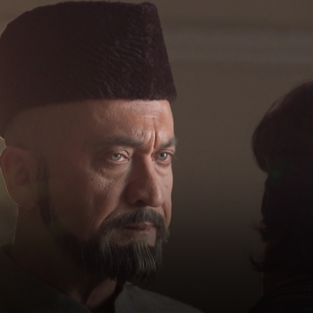 Najma exposes Farhan, but who is going to believe her? Also, will Omir