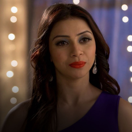 Rassika, a new girl enters Lucky's life, How will Komal react towards