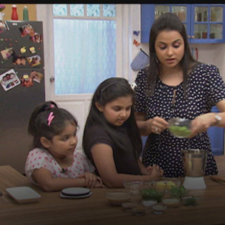 Gurdip Punjj and her guests prepare falafel the Lebanese way