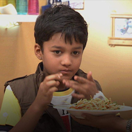 A special episode in which Gurdip prepares some dishes that can be ser