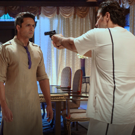 Argument arouse between Aqbal Khan and Rani. King Kal escapes from pri