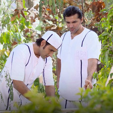 دخول راجا السجن ولقائه مع والده. راني مازالت تنتظر اعتذار أقبال خان