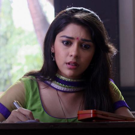 اهتمام راجا وراني ببريمفادا ومحاولات كثيرة من راجا للتقرب من راني ومسا