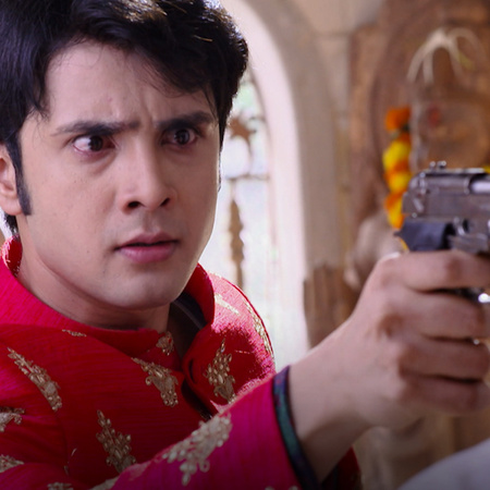 Jivan tries by all means to marry Rani and get her away from Raja