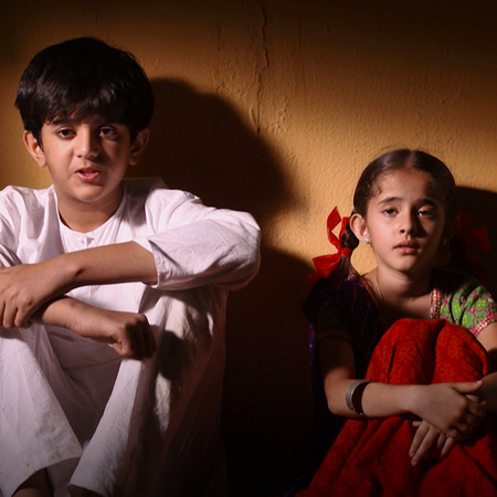 راجا وراني يتقربان على بعضهما البعض وذلك يضع عائلة راني في ورطة كبيرة