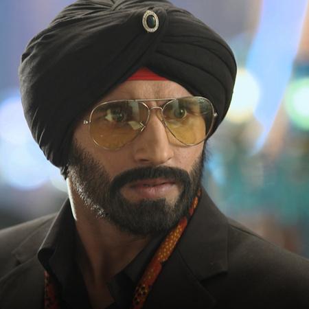 راجا يعود من جديد لكي ينتقم من نواب أقبال خان بعد تدميره لحياته وأخذ ر