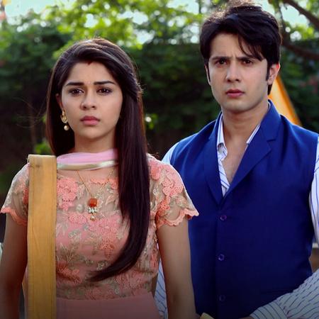 Raja and Rani win over Pindu. Jivan tries to convince Rani that her ac