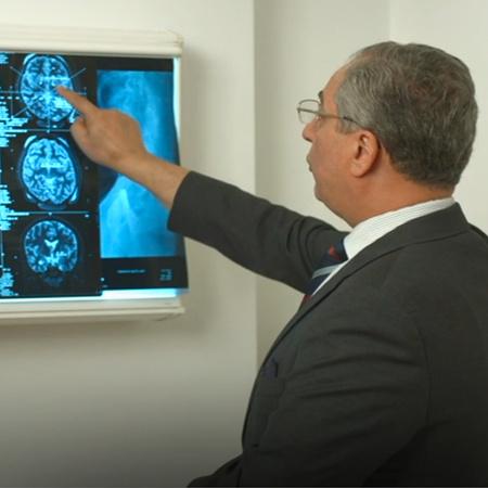 برنامج طبي يهدف إلى طرح مواضيع طبية يخاطب فيها الناس في مختلف مراحلهم