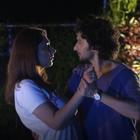 Akash has feelings for Nisha, but will he be sharing those feelings?