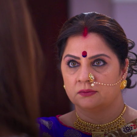 Ranu let Janvi gets involved in the challenge and the aunt gets angry