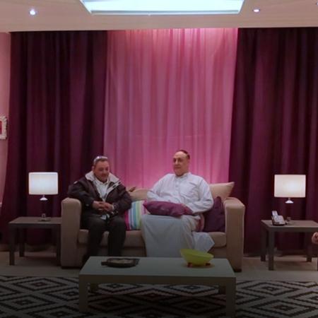 هل مرة شوفوا ردة فعل أبو العريس على العروس