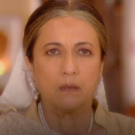 لاكشمي تقرر اخبار اسرتها عن روهان فهل يتفهمون الامر ام يهاجمونها؟