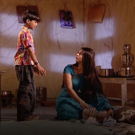 تواصل سيندورا حيلها من أجل تدمير حياة فدية و ساجار،  بينما يعتقد ابنها