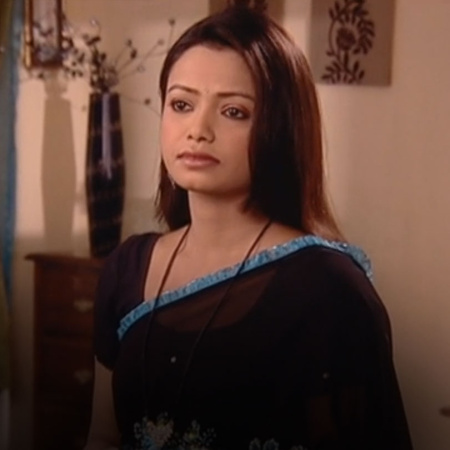 Aditi warns Sindoora that her evil intentions will soon be uncovered