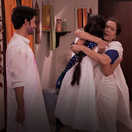 Arjun finally confronts Purvi regarding their baby. How will Arjun han