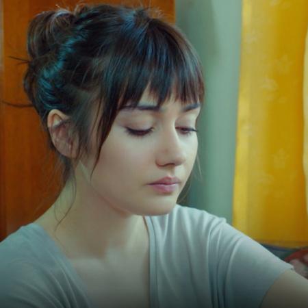 إندر تحاول أن تجد زينب، وزهراء تنوي إخبار والدها بشراكتها مع سنان