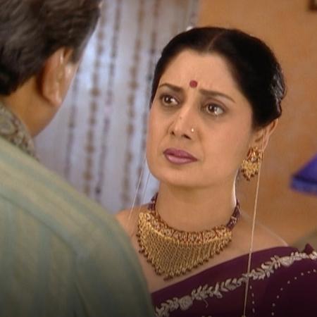 والد راجي يقترض مبلغ كبير من المال لتزويج ابنته