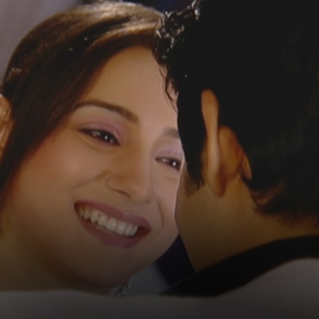 Suhaby interrupts the intimate moment that Mahy and shabd are having,