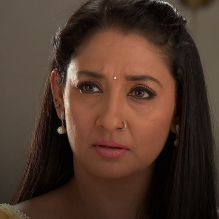 Roshni is trying to make up for what she did to him in the past. Will