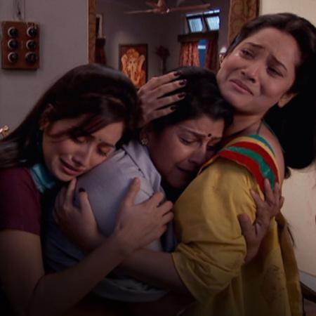 Rana tells Purvi about the truth behind their divorce. Meanwhile, Punn