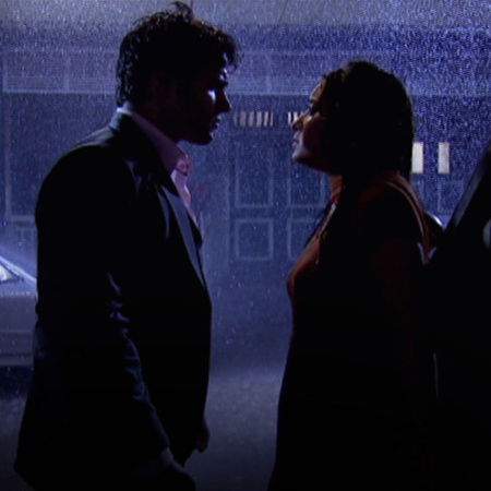 Arjun confesses his feelings to Purvi but she refuses to believe him a