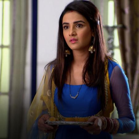 Twinkle gets jealous when she sees Konj's new friend Maya. Will she be