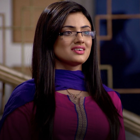 Yovinaj kills Mahey and thinks of a plan to accuse Twinkle of killing