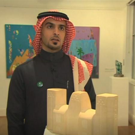 يعرض متحف في لندن بعضاً من القطع الأثرية للتراث العربي