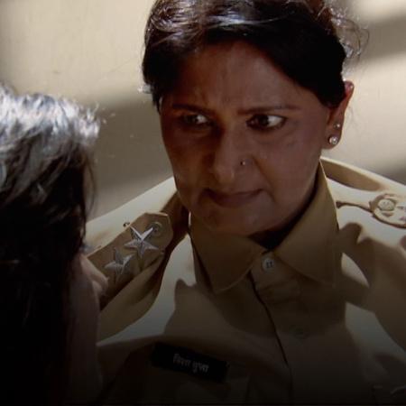 Another deceitful scheme sends Andira to jail.