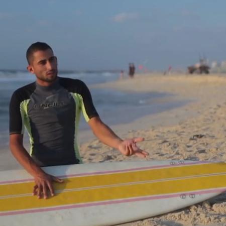 كيف يتمكن المواطنون البسطاء الذين يمارسون رياضة ركوب الأمواج  من تحمل