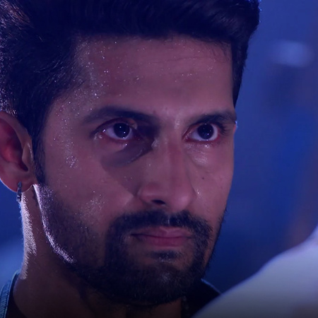 Satya finds a listening device in his house, and Mahi is kidnapped!