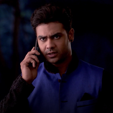 Pendya asks her son Shakti to find who kidnapped Sonny from her mansio