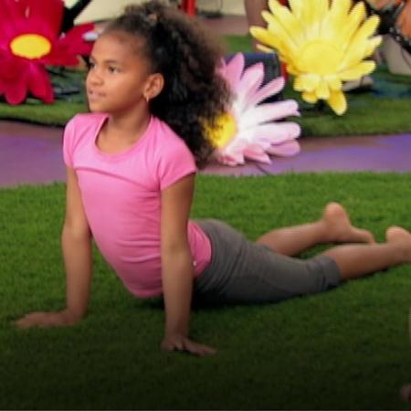 تتيح ممارسة اليوغا بالوزا فرصة حقيقية للأطفال كي يرقصوا ويتأملوا مع بر