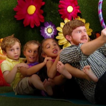 سوف تتاح للأطفال فرصة ممارسة تمرين المرح في حديقة الملاهي.