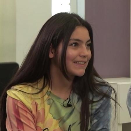 النجمة دانا جبر تقدي يومها في مركز التجميل بصحبة صديقتها المقربة الجدي