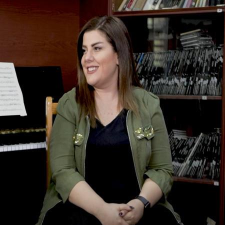 الفنانة ليندا بيطار تدخل رزان وسليم عالم الغناء ويشاركوها أراءهم