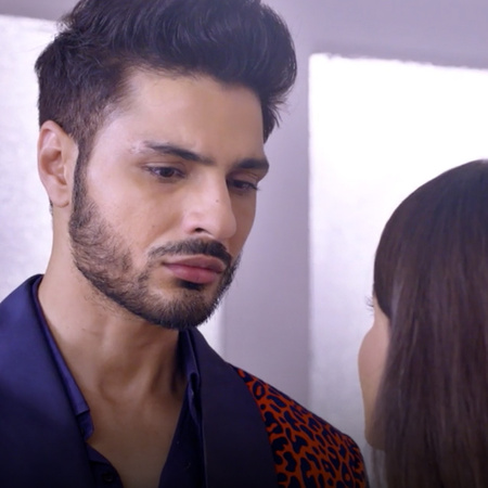 For the first time, Purab confesses his love for Disha and that he is