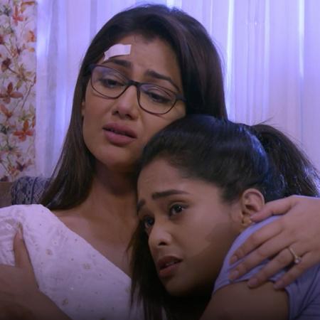 Abhi forces Riya to apologize to  Prachi as punishment