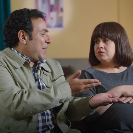 يشعر كل من شريف و مصطفى و عادل بالغيرة من علاقة مخلص الزوجية