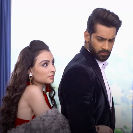 Mehak tries to leave a hint for Shaurya and the Sharmas about her iden
