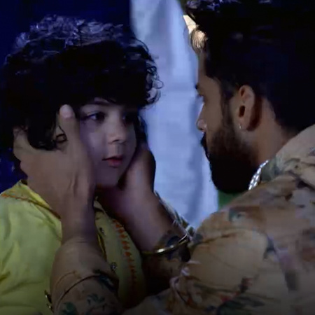 After seeing Mehak, everyone is confused but Shaurya is sure that Vand