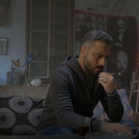 المسلسل يتحدث عن يوميات المواطن السوري بعد الحرب في عدة مجالات الحب وا