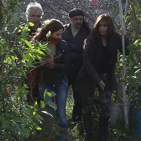 يجد نصر جومانة بعد هروبها من المجرمين