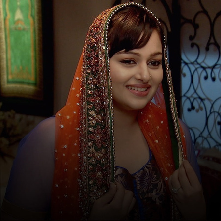 How will Razia handle it after she gets harassed?  Tanveer shows up at
