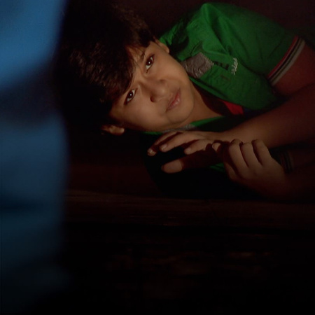 The truth is out and Asad finally realizes that Rashed is innocent. Fa