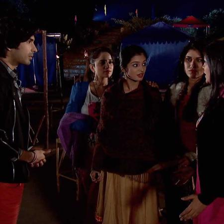 Omira's revenge from Haider, backfires on her. However, will Zoya surv
