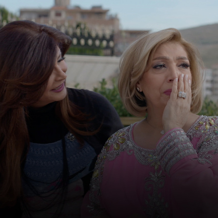 Karam admits his wife's mistake to Hazem and Naya, and convince them t