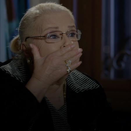 عمة سامر تأتي في زيارة مفاجأة، وتريد إخبار الجميع بحقيقة نايا