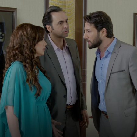 Noor finds her pictures with her mother, and Hazem is really angry abo